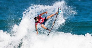 Italo Ferreira (RN) (Damien Poullenot / WSL via Getty Images)