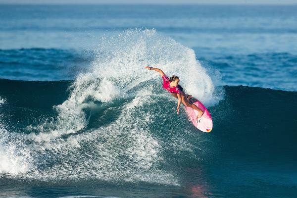 Carissa Moore (HAV) (Damien Poullenot / WSL via Getty Images)