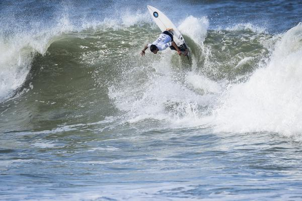 Alex Ribeiro-SP (Poullenot / WSL via Getty Images)